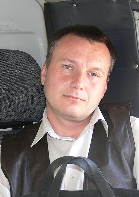 Ахапкин Р.В